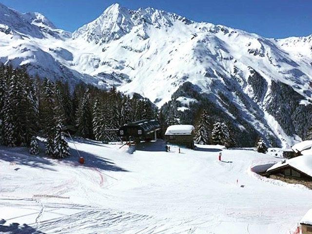 Skiing in Les Arcs | Ski Chalet | SkiVillaRoger
